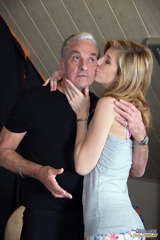 45739073 002 9e96 - Fotos de porno incesto entre pai e filha